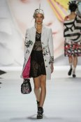 fsfwny21.17f-fashion-week-new-york-f-s-16---desigual.jpg