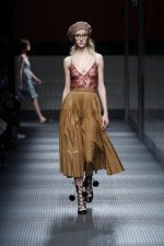 fwma01bf.03-fashion-week-mailand-h-w-15-16-gucci.jpg