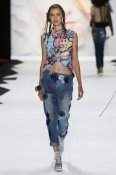 fsfwny21.11f-fashion-week-new-york-f-s-16---desigual.jpg